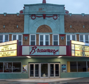 Historic Braumart Theatre – Iron Mountain, MI